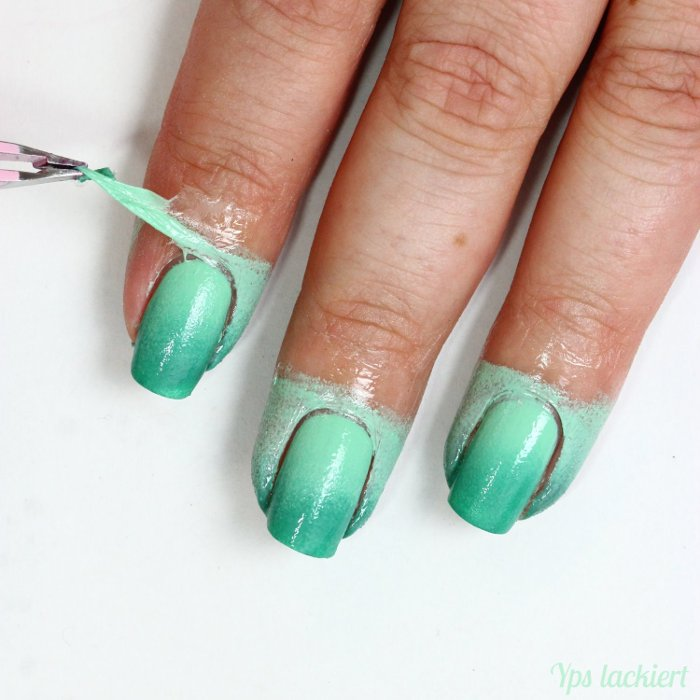 essence_Grüner Gradient_Manicure Helper_03
